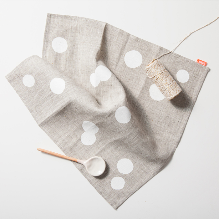 Napkin Linen_white confetti_squarestyled1